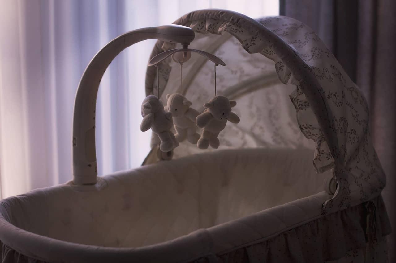 איך לבחור עריסה לתינוק שמתאימה לכל הצרכים שלך